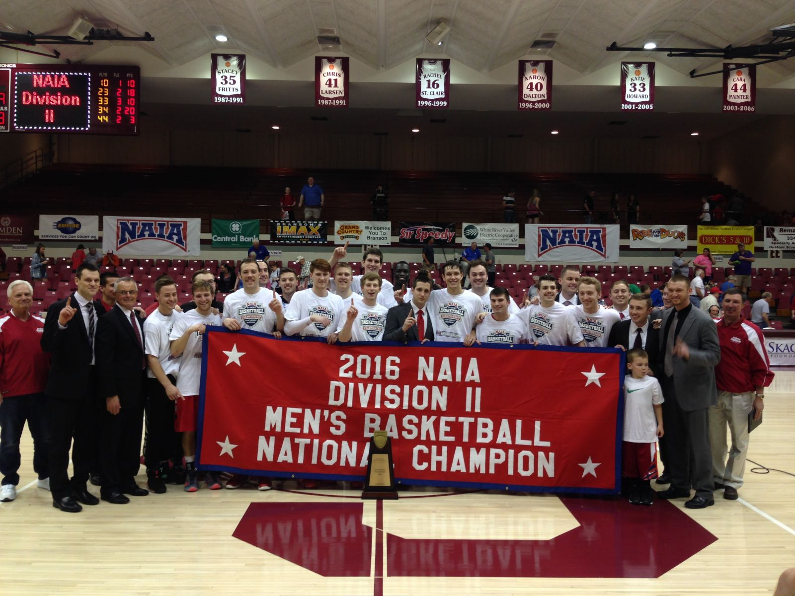 da1b89caf ... men's basketball made two defensive stops in the final seven seconds to  hang on for a 69-66 victory to win the NAIA Division II National  Championship.